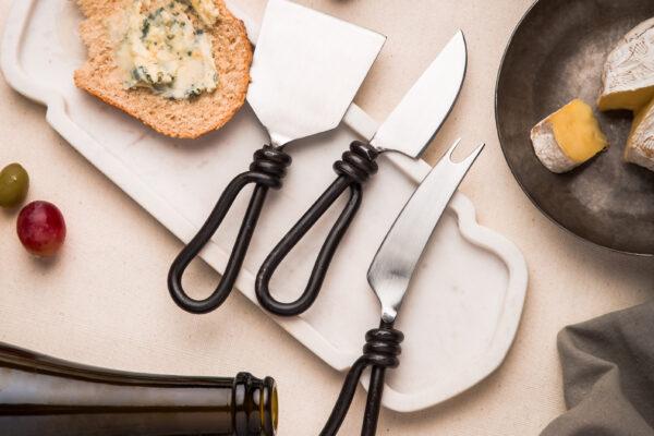iron bread knives